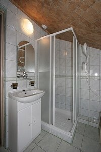 pokój Ewelci  - łazienka.