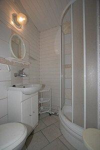 Pokój Hani  - łazienka.