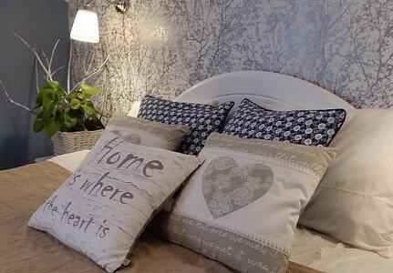 Sypialnia z apartamentu.