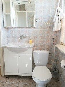 Pokój nr 5 -łazienka