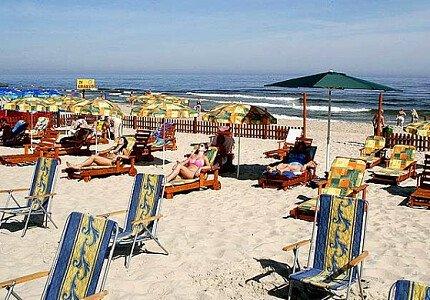Wydzielona plaża ośrodka