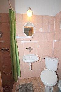 Piętro-pokój nr 1 ,łazienka