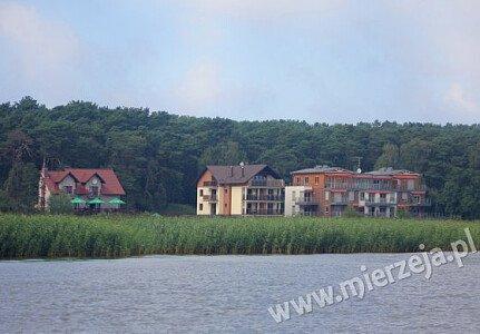 Villa Piaski od strony Zalewu Wiślanego.