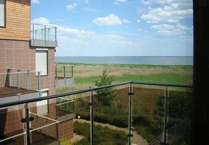 Widok z balkonu na Zalew Wiślany