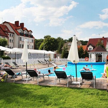 "Hotel ""Kahlberg"""