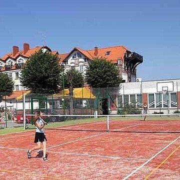 Kort tenisowy - Hotel Kahlberg
