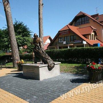 Pomnik Pierwszych Osadników