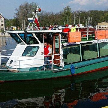 Tramwaj Wodny Lini S3 (statek m/s GENERAŁ KUTRZEBA)