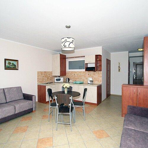 Azyl24 apartament max 5-osobowy